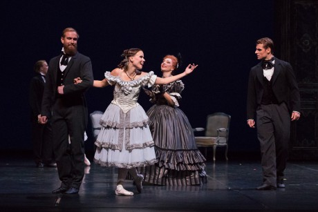 Lady of Camellias - Val Caniparoli, Marguerite Linda Haakana, Armand Duval Michal Krcmar, photo M. Kleemola FNB 2017 (3)