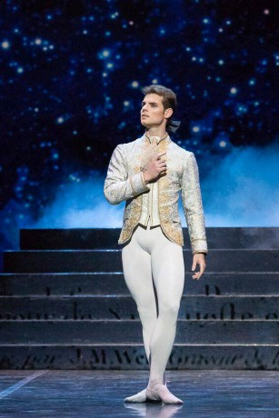 Cinderella by David Bintley, Prince - Michal Krcmar, Principal dancer, Photo - imagenary.fi FNB