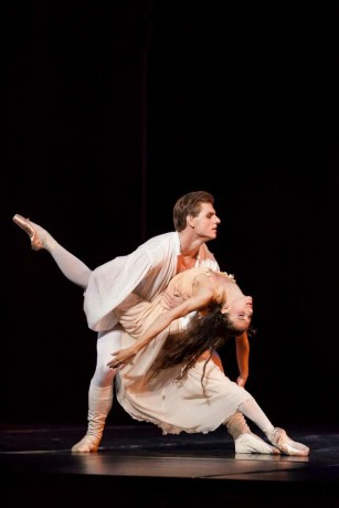 Romeo and Juliet, Photo © Mirka Kleemola, Finnish National Opera, Choreography - John Cranko, Music - Serge Prokofiev (19)