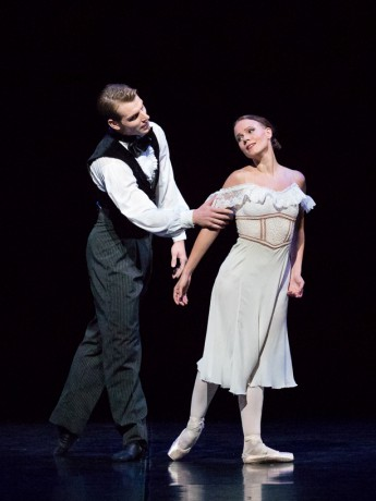 Lady of Camellias - Val Caniparoli, Marguerite Linda Haakana, Armand Duval Michal Krcmar, photo M. Kleemola FNB 2017 (24)