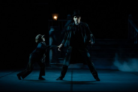 Jekyll and Hyde by Val Caniparoli FNB Michal Krcmar photo Roosa Oksaharju (4)