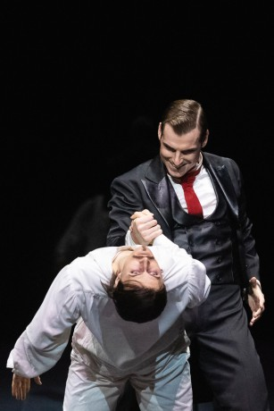 Jekyll and Hyde by Val Caniparoli FNB Michal Krcmar photo Mirka Kleemola (15)