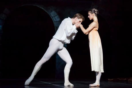 Romeo and Juliet, Photo © Mirka Kleemola, Finnish National Opera, Choreography - John Cranko, Music - Serge Prokofiev,  (8)