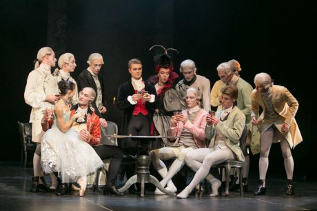 Manon - Sir Kenneth MacMillan, Photo © Sakari Viika, Manon - Petia Ilieva, Des Grieux - Michal Krcmar (11)